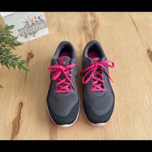 Nike training flex TR6 women's shoes NWOT